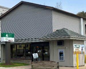 24 Main Street Plumville, PA 16246